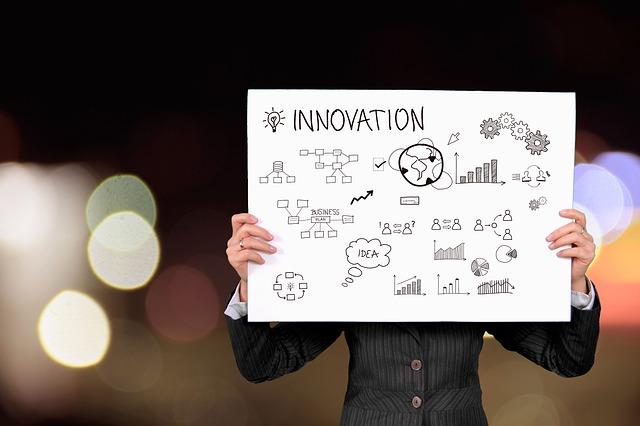 Le leadership et les leaders de l'innovation devraient communiquer avec les employés au sujet du changement dès le début du processus indique Geoffroy Stern